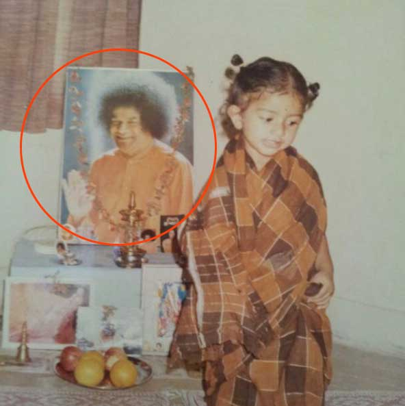 Actress Sai Pallavi photo at age of with sai baba