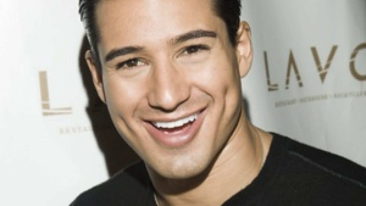Mario Lopez S Biography Age Height Body Bio Data