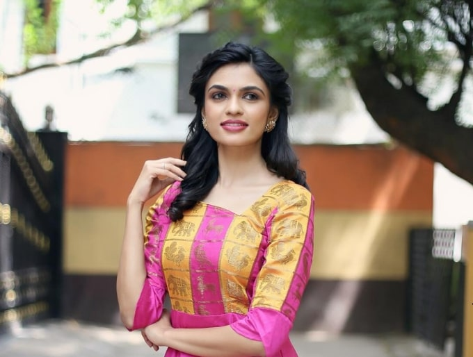 Anchor Akshayaa VJ's Age, Height, Wiki, Biography, Caste and More