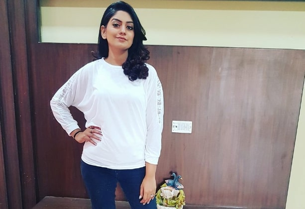 Film Actress, TV Actress Karuna Bhushan's Age, Height, Wiki, Biography, Caste and More