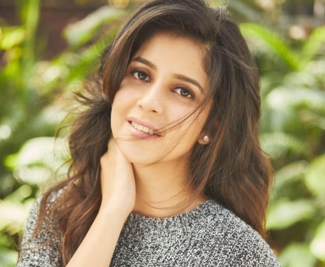 Model, Actress Kashish Vohra's Age, Height, Wiki, Biography, Caste and More
