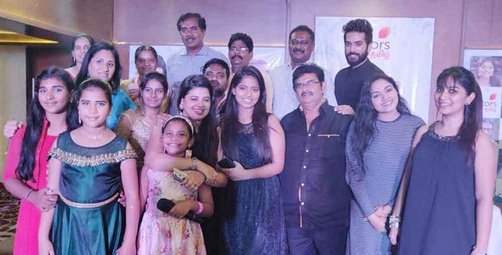 Perazhagi Serial Story, Cast, Timings, Review, Photos and Videos