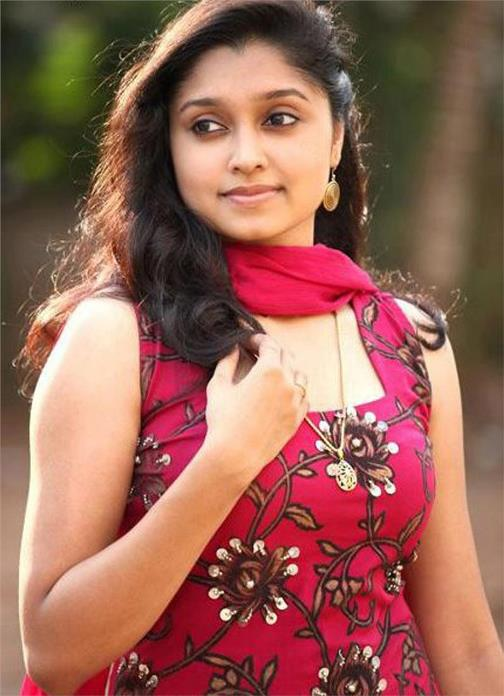 Model. Film Actress Sija Rose's Age, Height, Wiki, Biography, Caste and More