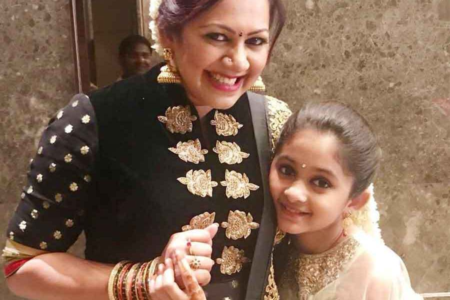 Zee Tamil Super Mom's Age, Height, Wiki, Biography, Caste