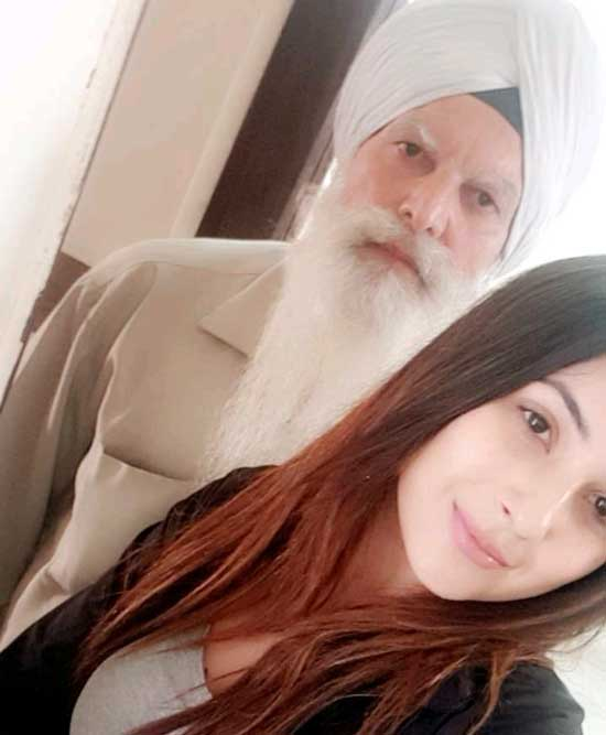Shehnaaz Gill With Her Father